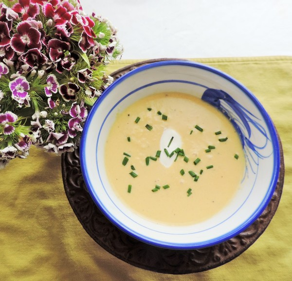 White Asparagus Soup with Chives