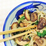 Rice Noodles with Mushrooms & Spinach