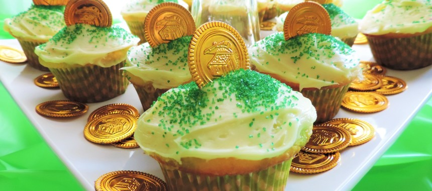Pot O'Gold Lemon Lime Cupcakes