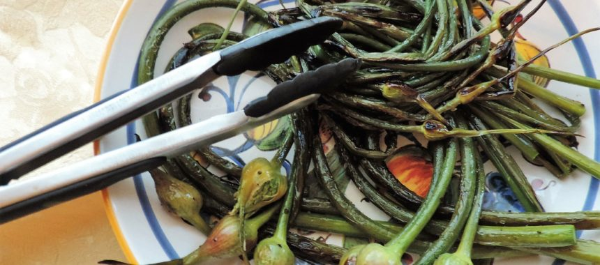 Farmers Market Finds: Grilled Garlic Scapes